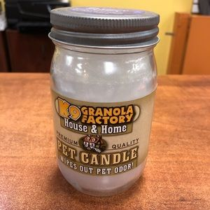 K9 Granola Factory Accents - Fluffy Puppy Linen Pet Odor Candle 22 oz